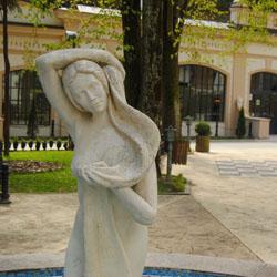 Skuptura u fontani Ribarska Banja